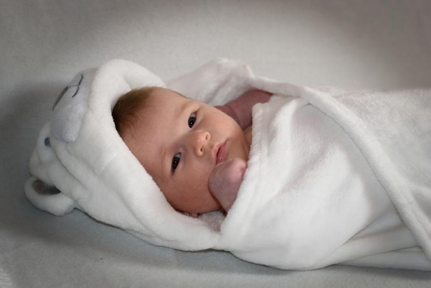 УЗИ тазобедренных суставов у грудничков, УЗИ тазобедренных суставов у новорожденных: когда делать?